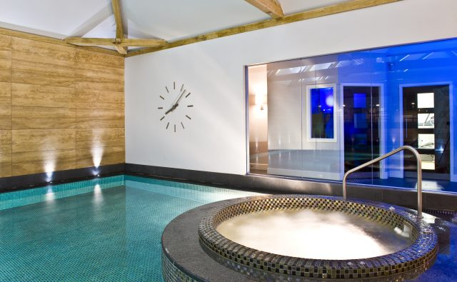 spa indoor pool 5 bubble award winning